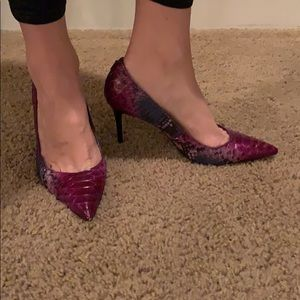 New coach snakeskin multicolor heel